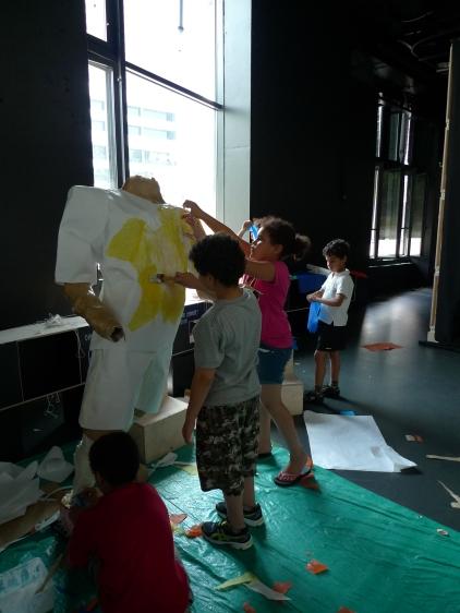 création des vêtements du joueur de foot avec un centre de loisirs élémentaires
